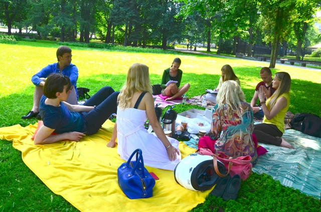 Learn about Email Marketing at a Picnic!